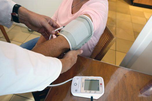 Richtig Blutdruck messen in der Apotheke